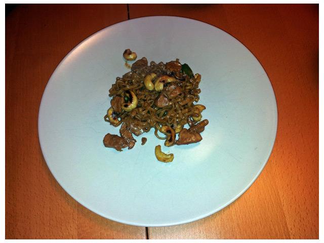 Dagens middag: kyckling cashew med nudlar