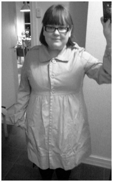 Mitt senaste Fancy Fatshion Fynd, Gina Tricot vårjacka i storlek 44 och beige bomullsdenim