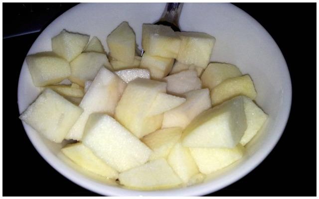 Första äpple ätandet på en vecka, mums