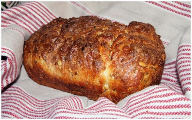 Riktigt gott bröd bakat på Adam's LCHF-brödmix, från sockerfri.com