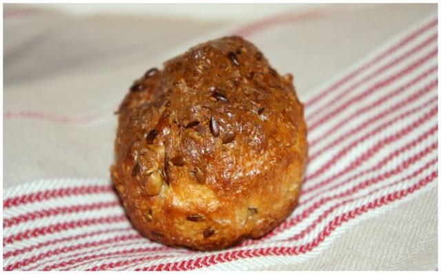 Riktigt gott bröd bakat på Adam's LCHF-bröd Bakmix, från sockerfri.com