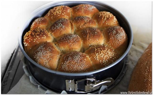 Brytbröd på rågsikt och vetemjöl