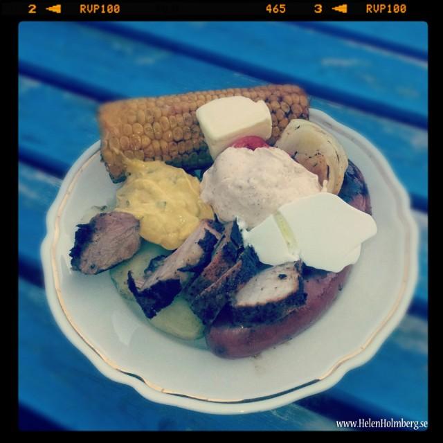 Sambons middag, lite av allt