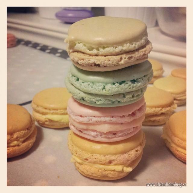 Makroner i olika färger och smaker