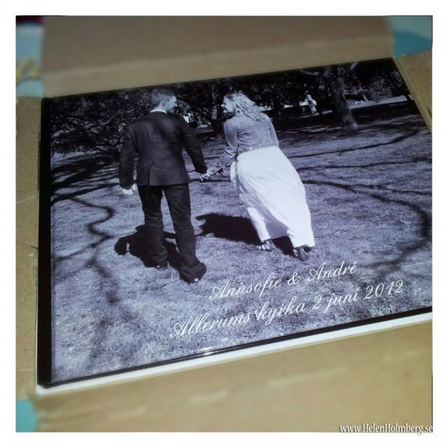 Annsofie & Andrés fotobok fullproppat med bröllopsbilder