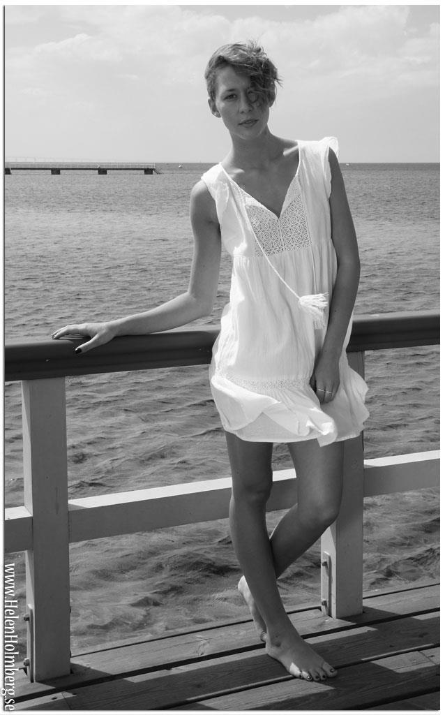 Modellfoto på Felicia Andrésdottir, Ribersborgs brygga