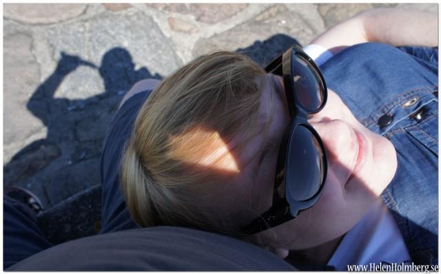 Jag i sambons knä på Kronborgs slottsmur