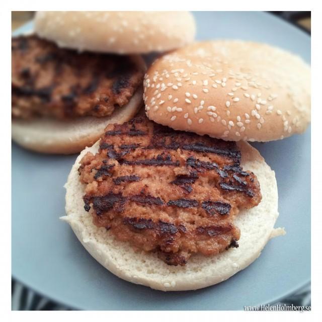 Hemlagade laktosfria pannbiffar med bröd