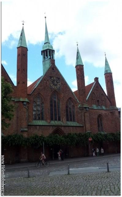 Denna vackra byggnaden heter Heiligen Geist hospital