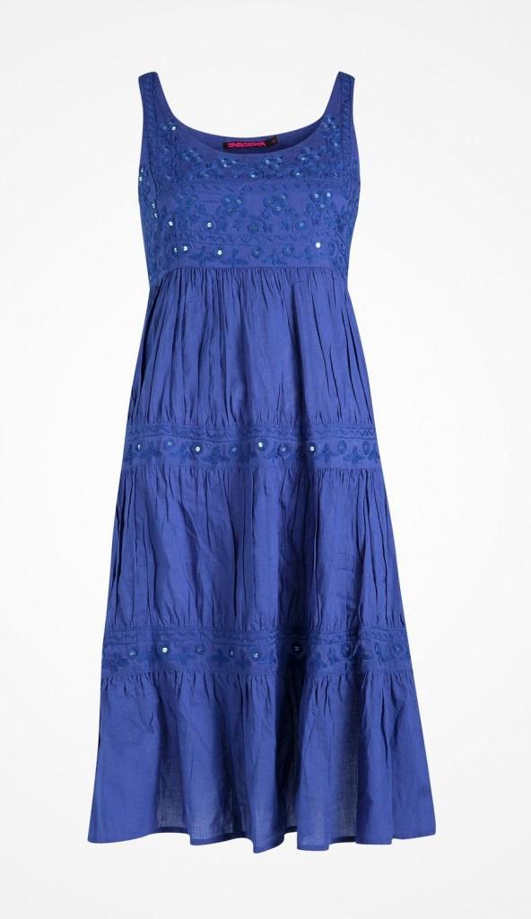 Blå klänning, modell Boela (strl L) från indiska full pris 349 kr