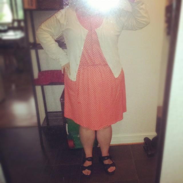 Polkadot klänning från Cubus, kofta Vila och sandaler joya