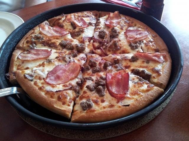 Bacon BBQ Pizza på Pizza Hut