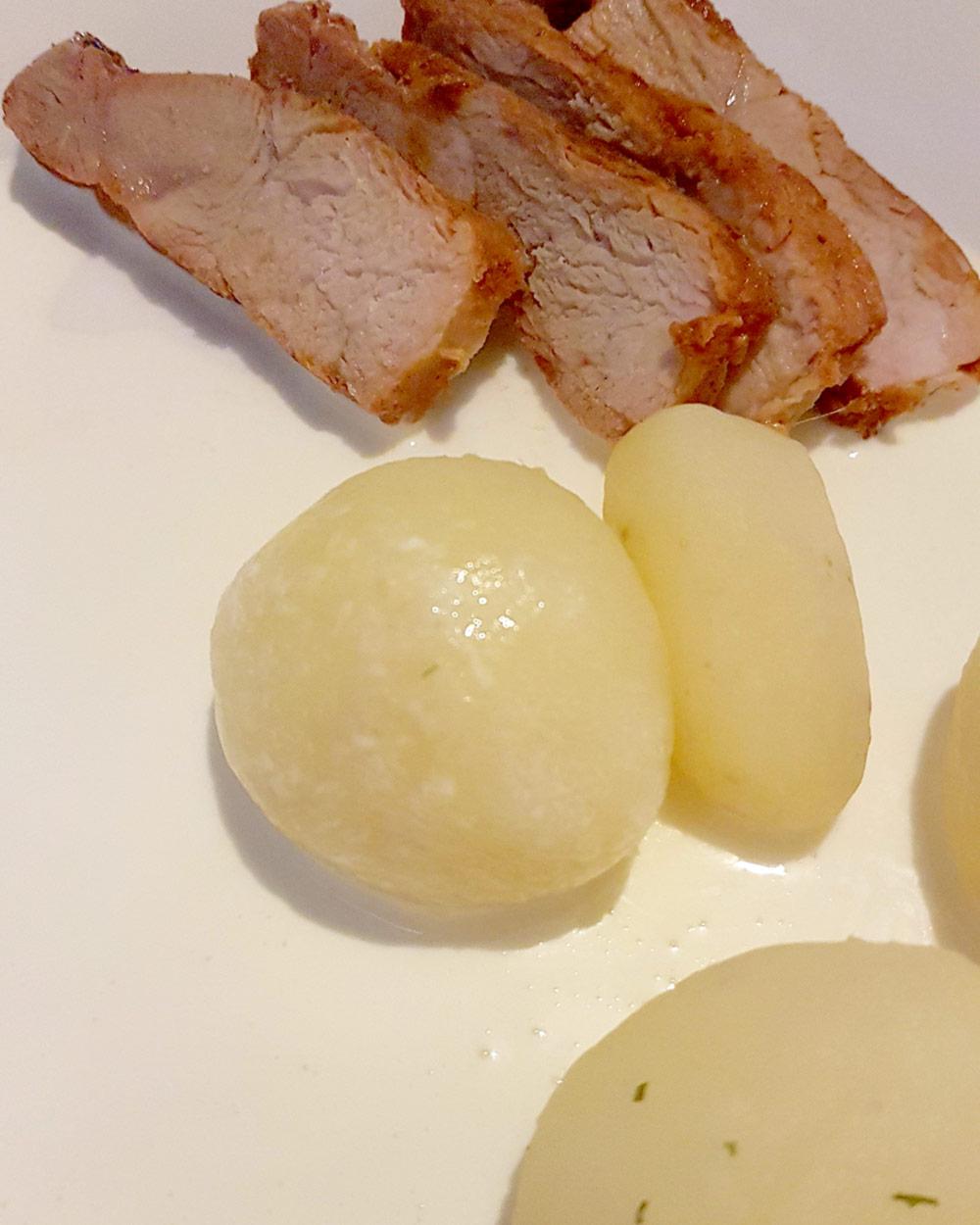 Helen J Holmberg - dillkokt svensk färskpotatis med marinerad flintastek till middag