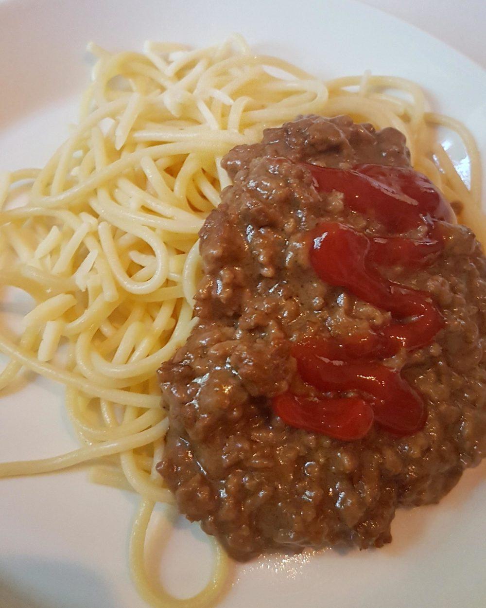 Helen J Holmberg - middag en allergi vänlig köttfärssås utan tomater och lök
