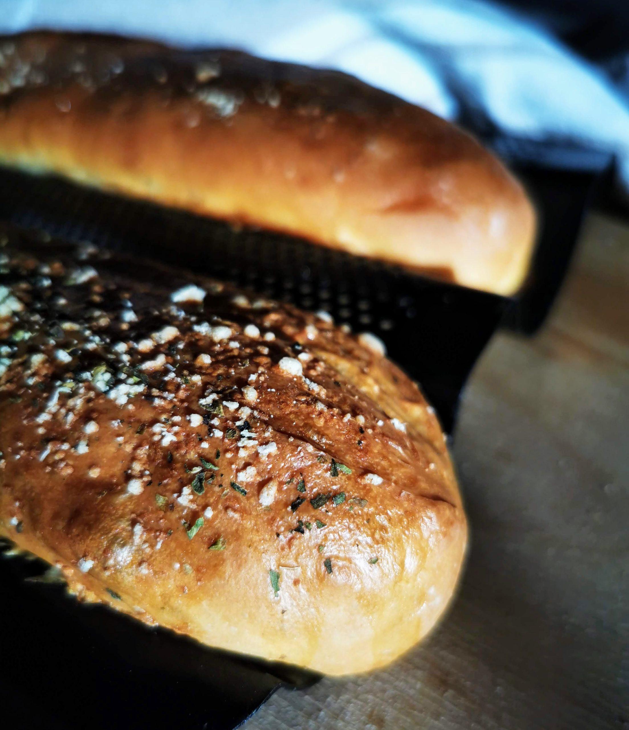 Världens godaste hembakta bröd till submarine sandwich macka, recept översatt av Helen J Holmberg
