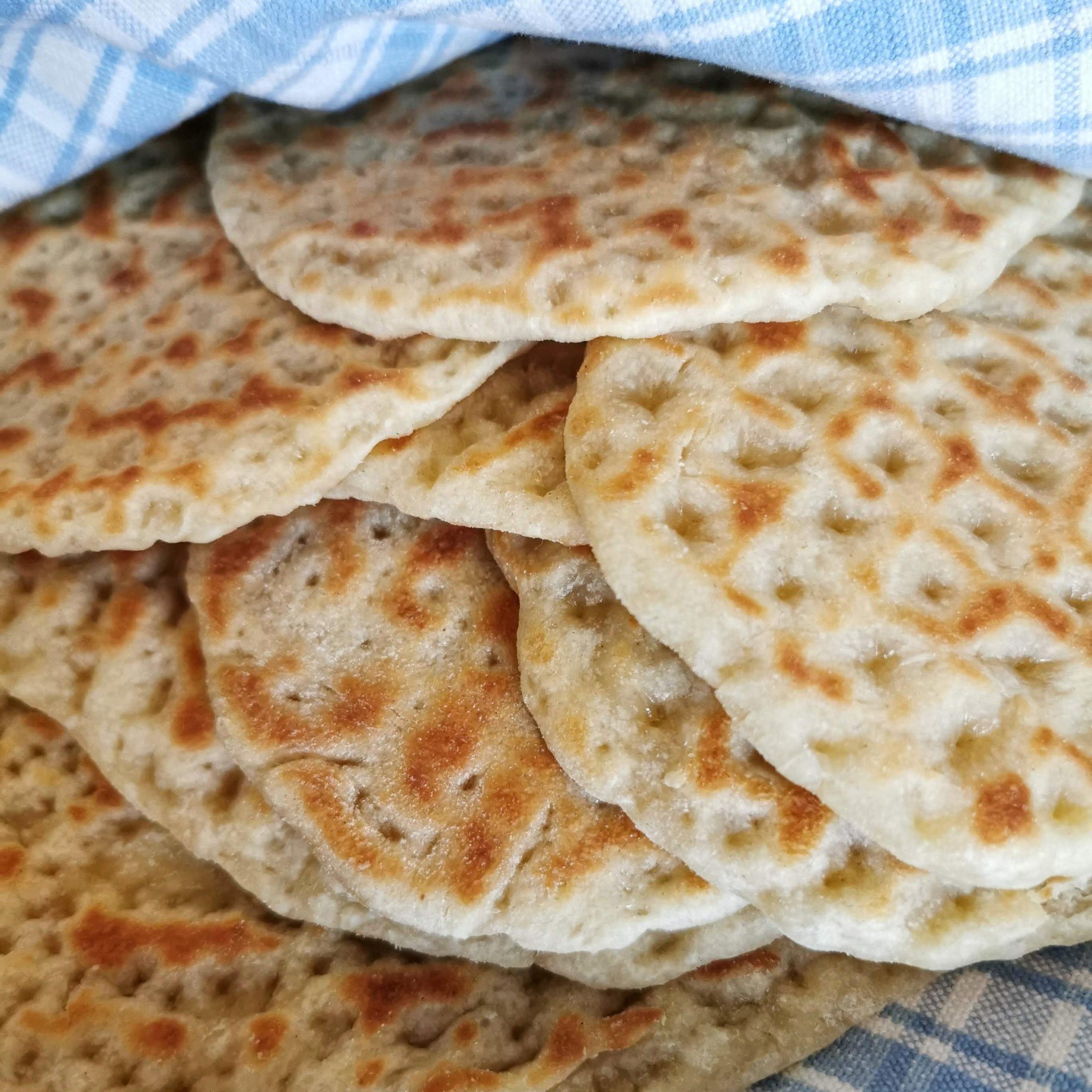 Recept på ett laktosfritt tunnbröd utan jästid